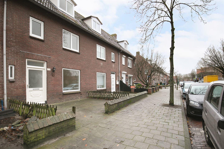 Bekijk foto 2 van Verhulststraat 32