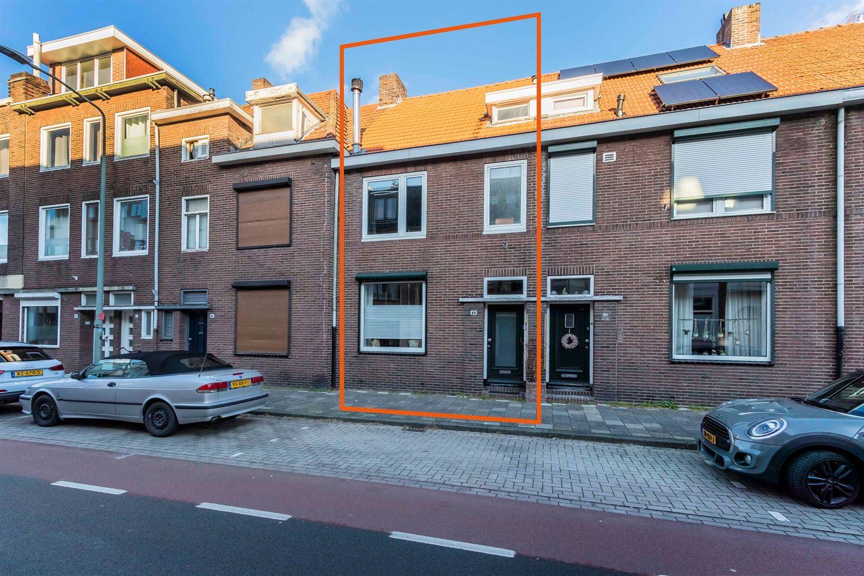 View photo 2 of Kruisstraat 89