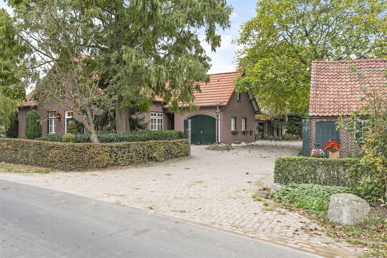 Bekijk foto 1 van Santforterstraat 1