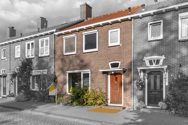View photo 1 of Koningshof 8