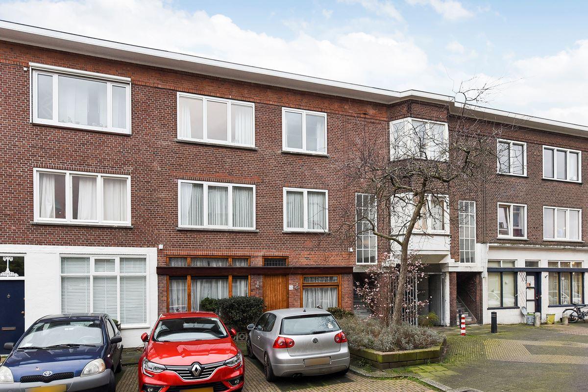 Bekijk foto 1 van van Wassenaerstraat 48