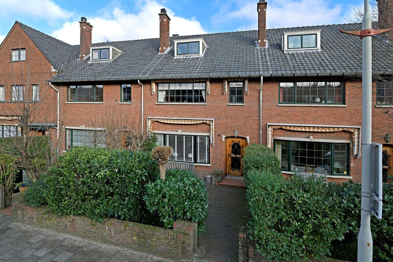 View photo 4 of Van Wouwstraat 9