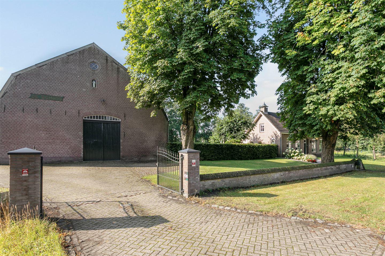 Bekijk foto 4 van Molenstraat 138