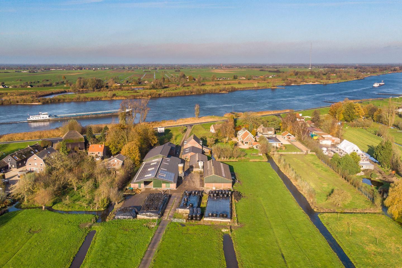 Bekijk foto 3 van Lekdijk 17