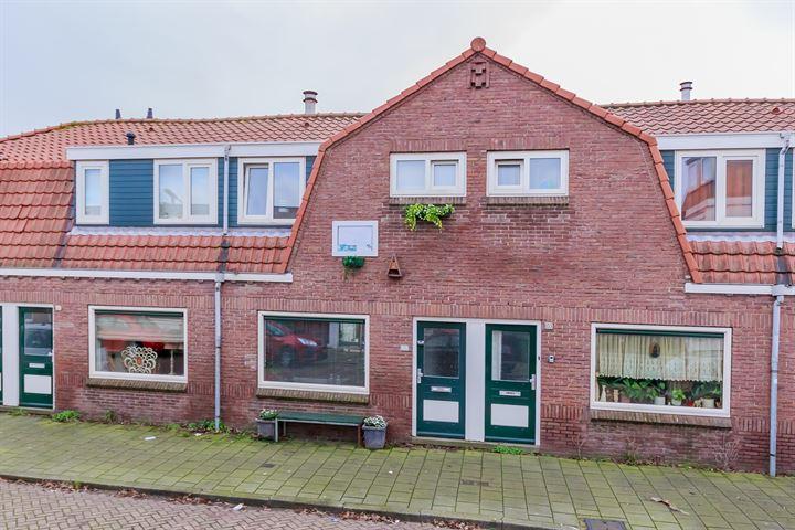 De Ruyterstraat 153