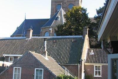 Bekijk foto 2 van Pastoor van Beugenstraat 3