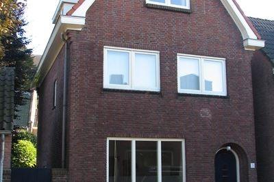 Bekijk foto 4 van Pastoor van Beugenstraat 3