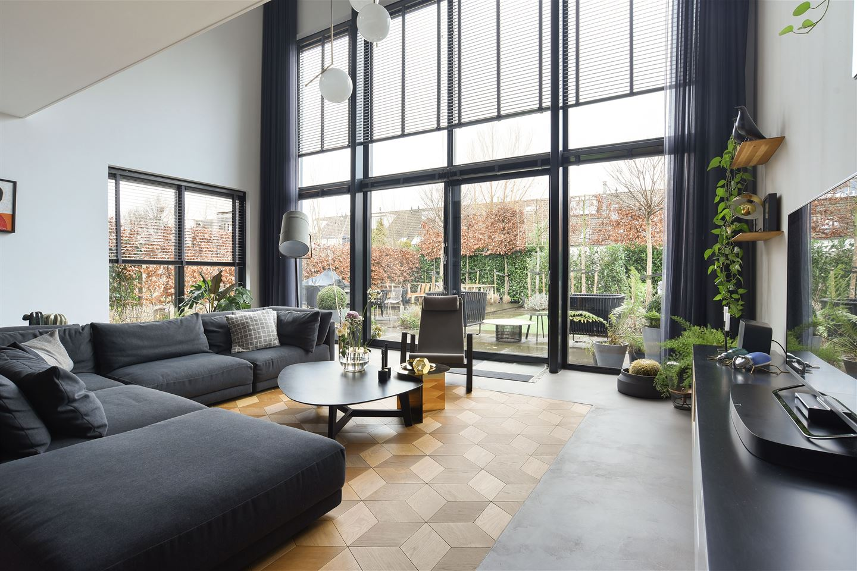 View photo 5 of Langhuislaan 37