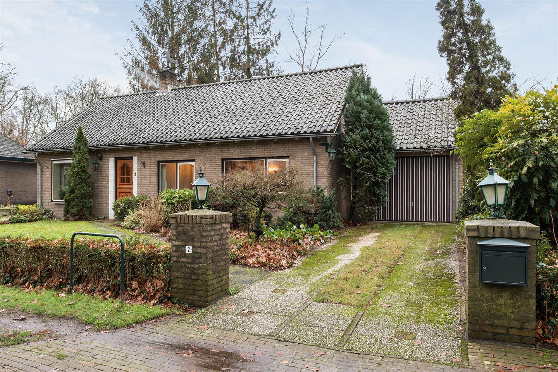 Bekijk foto 2 van van der Borch van Verwoldeweg 2