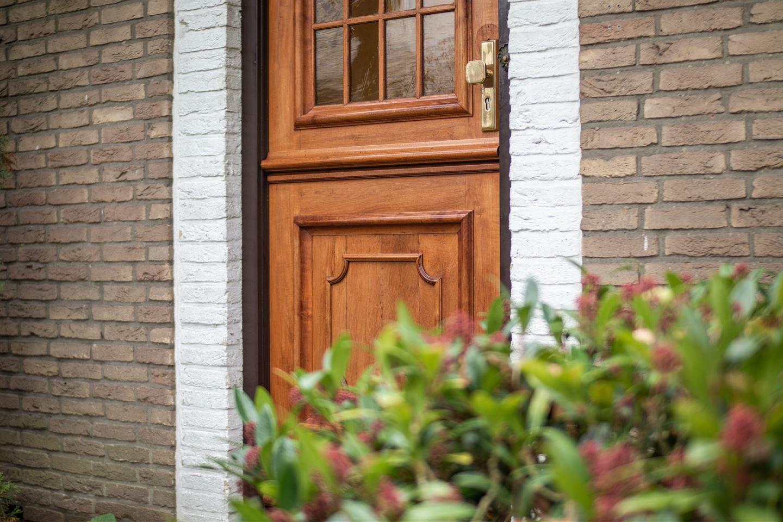 Bekijk foto 3 van van der Borch van Verwoldeweg 2