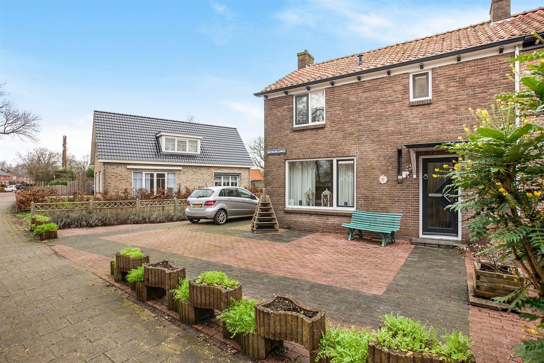 Bekijk foto 2 van Hertog Willemweg 35
