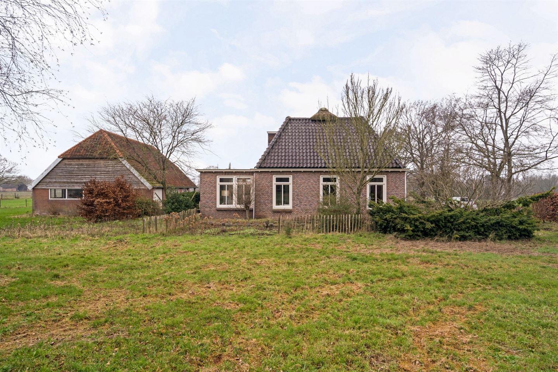 Bekijk foto 2 van Friesestraatweg 4