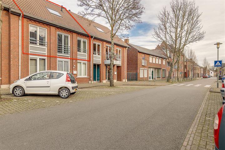 Schoolstraat 13