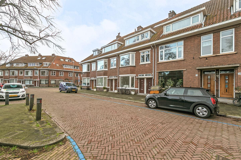 Bekijk foto 2 van Bilderdijkplein 33