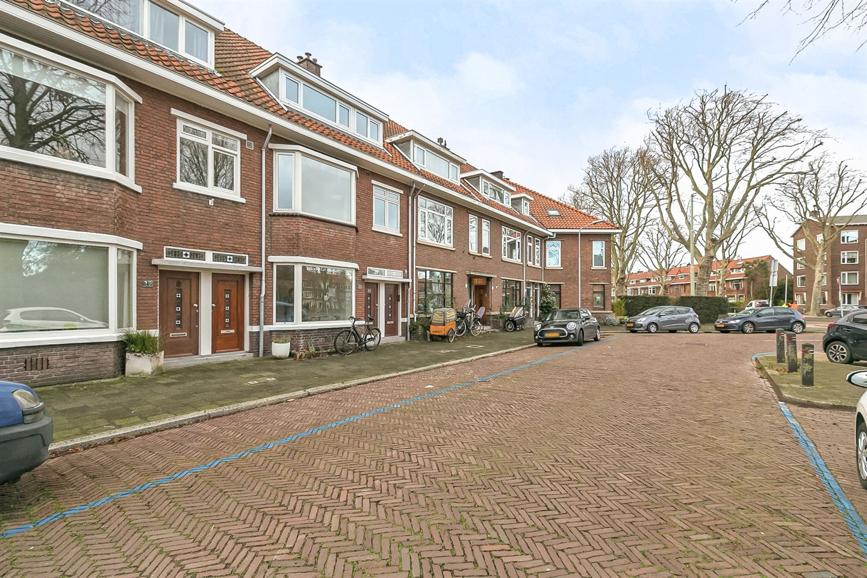 Bekijk foto 3 van Bilderdijkplein 33