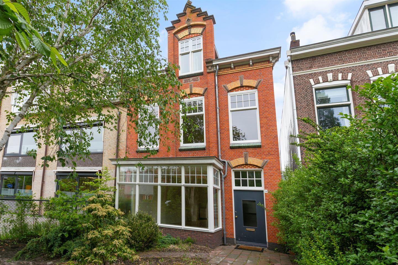 Bekijk foto 1 van Rijnsburgerweg 89