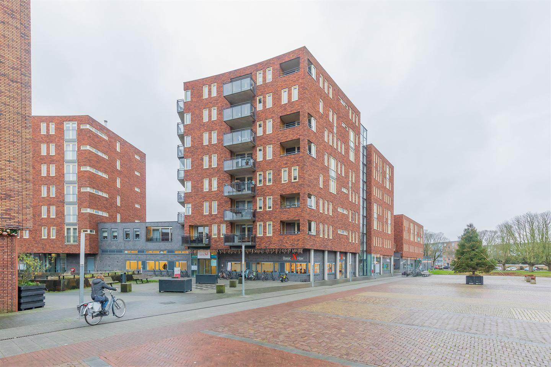 Bekijk foto 1 van Marsmanplein 152