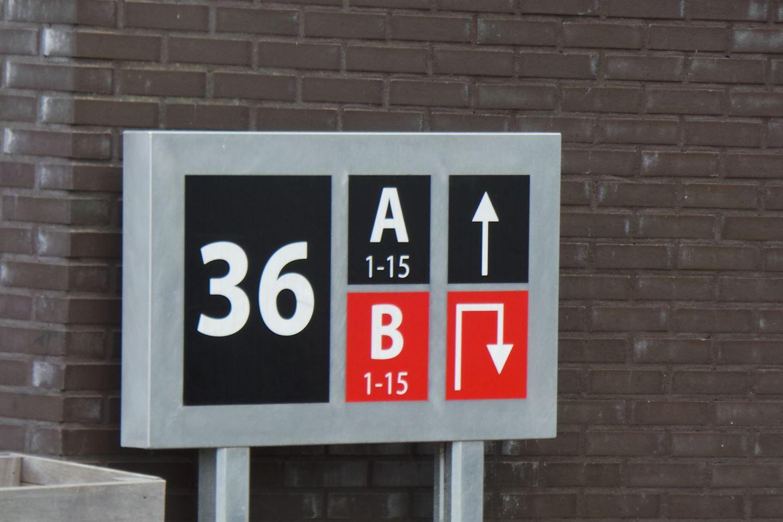 Bekijk foto 5 van A. van Leeuwenhoekweg 36 B11