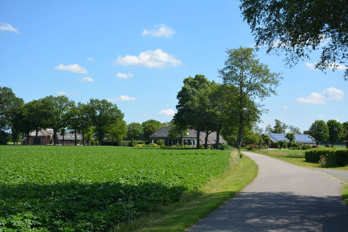 View photo 3 of Malbergerweg 2 A