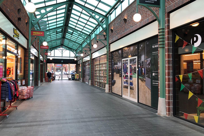 Bekijk foto 2 van Raadhuisplein 29