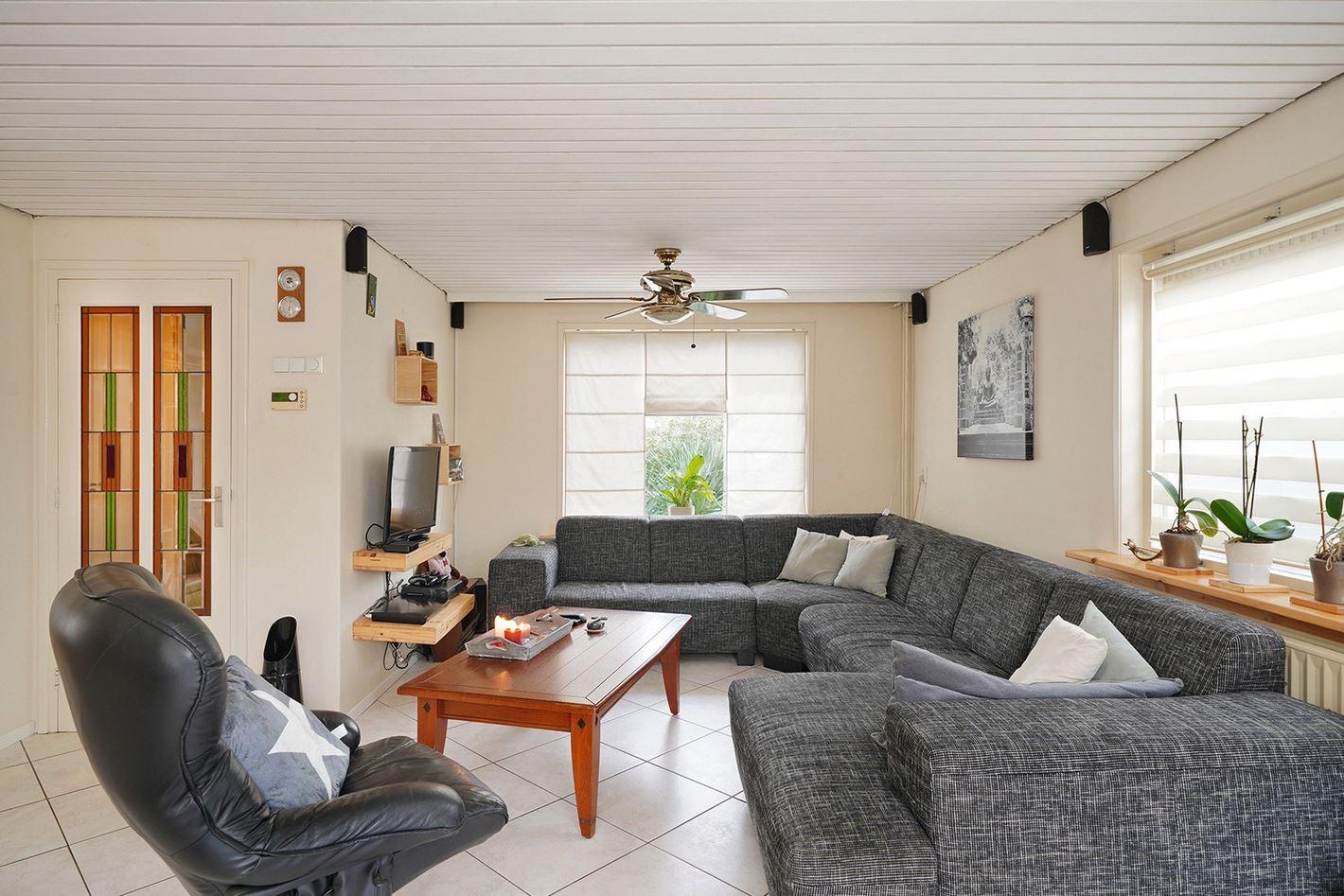 Bekijk foto 3 van Erling Steenstraat 20