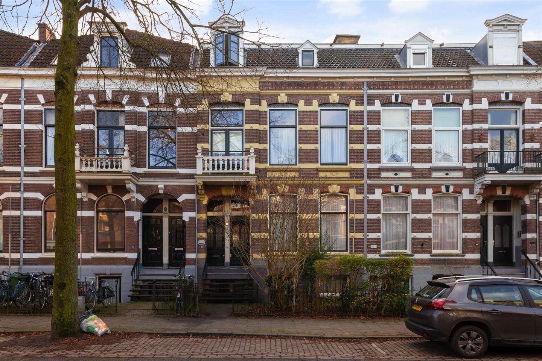 Bekijk foto 1 van Burghardt van den Berghstraat 45