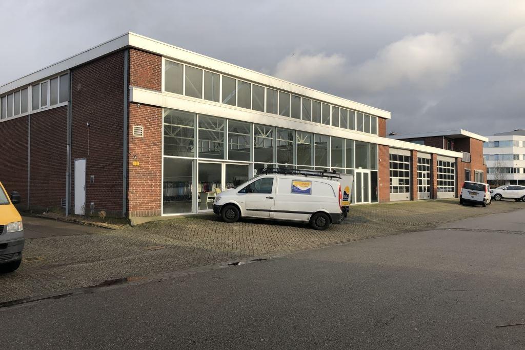 Bekijk foto 2 van Jan van Gentstraat 162 -166