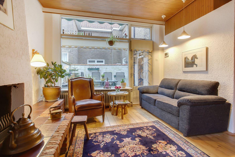 View photo 4 of Hyacinthstraat 26