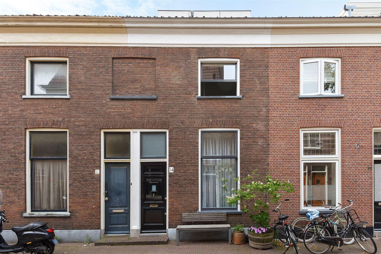 Bekijk foto 2 van Dirklangenstraat 54