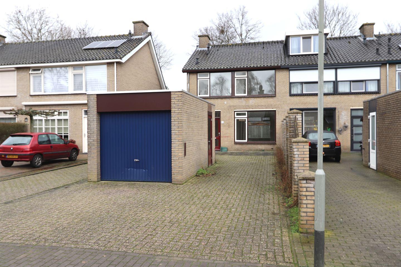 Bekijk foto 1 van Mambostraat 156