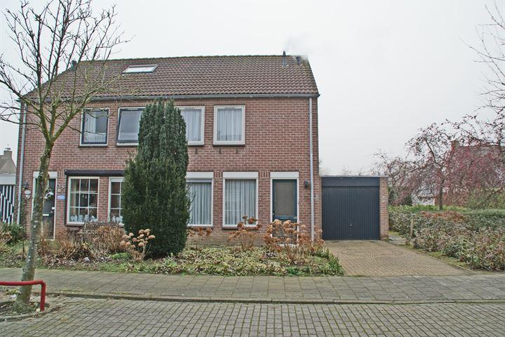 Graaf van Vlaanderenstraat 11