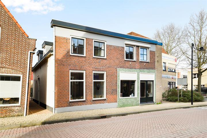 Dorpsstraat 105 107
