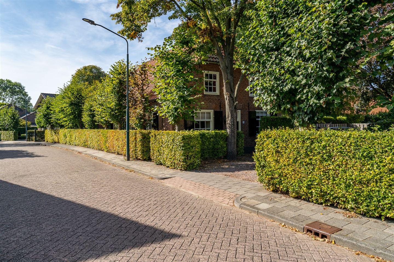 Bekijk foto 3 van Burgstraat 13