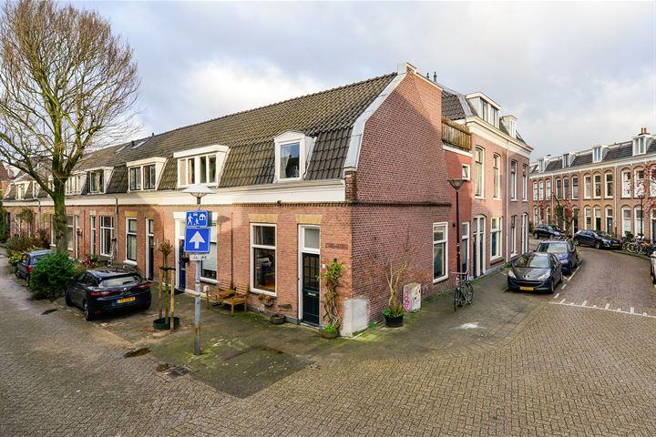 Bouwstraat 16