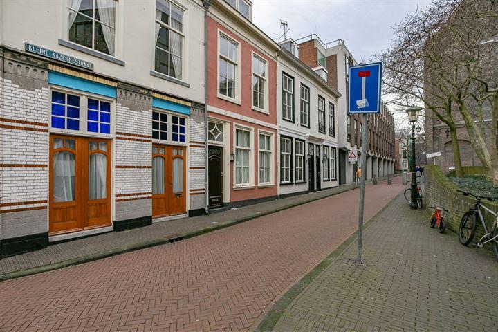 Kleine Kazernestraat 7