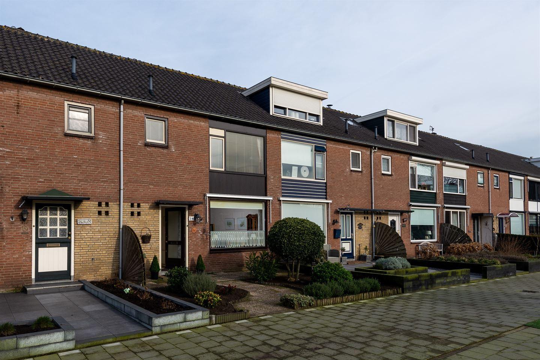 Bekijk foto 1 van Zwaluwstraat 16