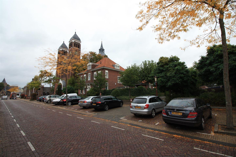 Bekijk foto 4 van Dorpsstraat 68