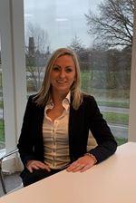 Suzanne van den Bersselaar (Commercieel medewerker)