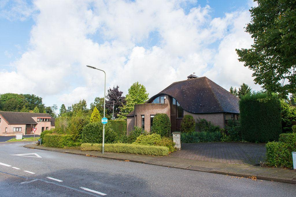 Bekijk foto 2 van Heggerweg 2 a