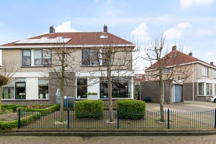 Domela Nieuwenhuisstraat 10