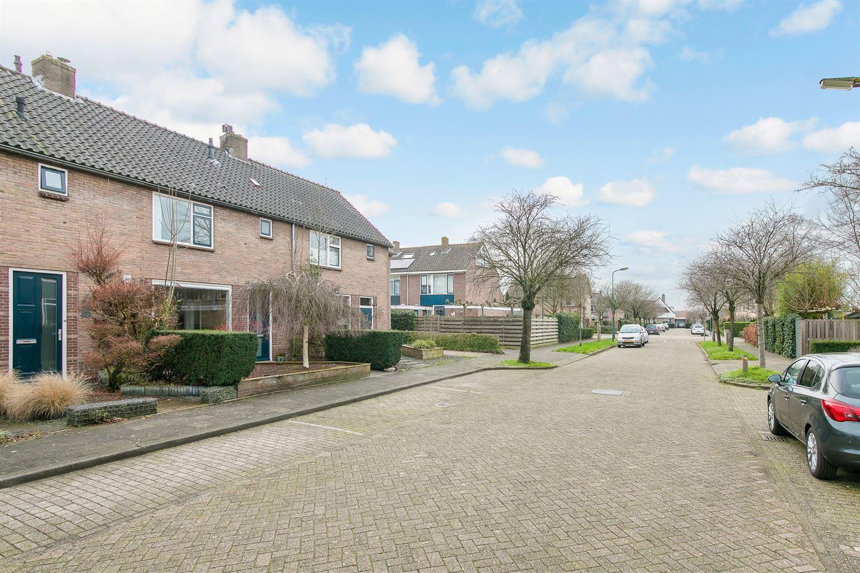 Bekijk foto 2 van Couperusstraat 14