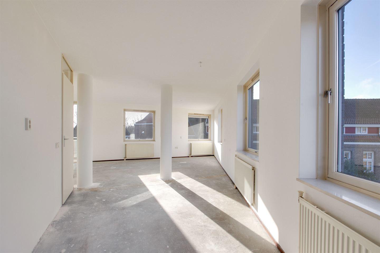 View photo 6 of Buiksloterweg 123