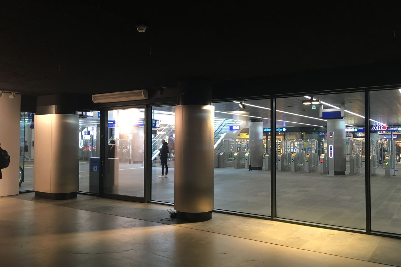 Bekijk foto 5 van Stationspassage 6