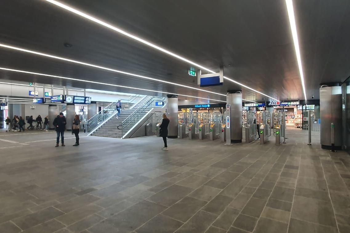 Bekijk foto 4 van Stationspassage 6