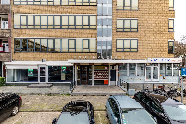 Bekijk foto 3 van Ungerplein 2