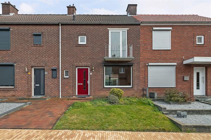 Veldstraat 8