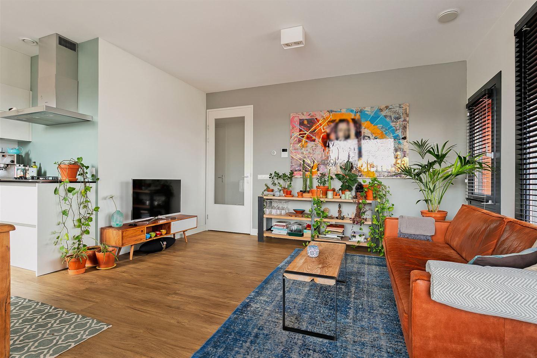 Bekijk foto 2 van Willemstraat 122