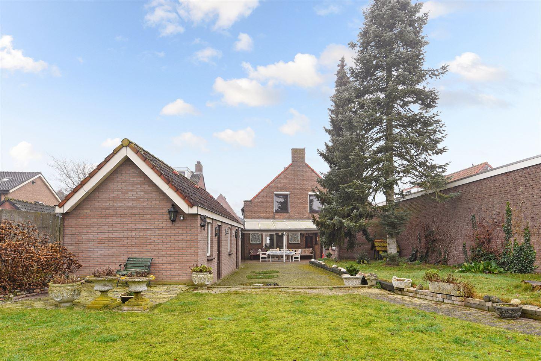 Bekijk foto 6 van Oude Bredaseweg 5