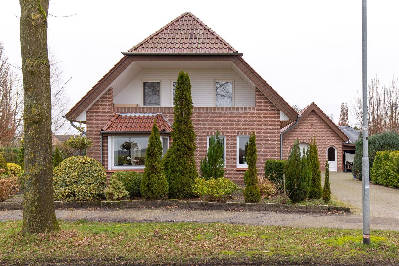 Bekijk foto 2 van Hooiland 24