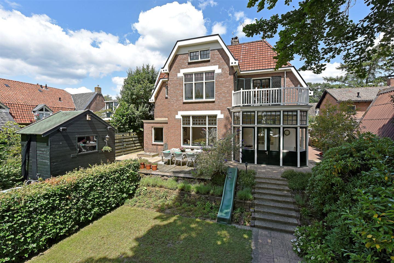Bekijk foto 2 van Burgemeester van den Boschstraat 20